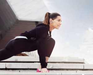 woman perform strengthening exercise